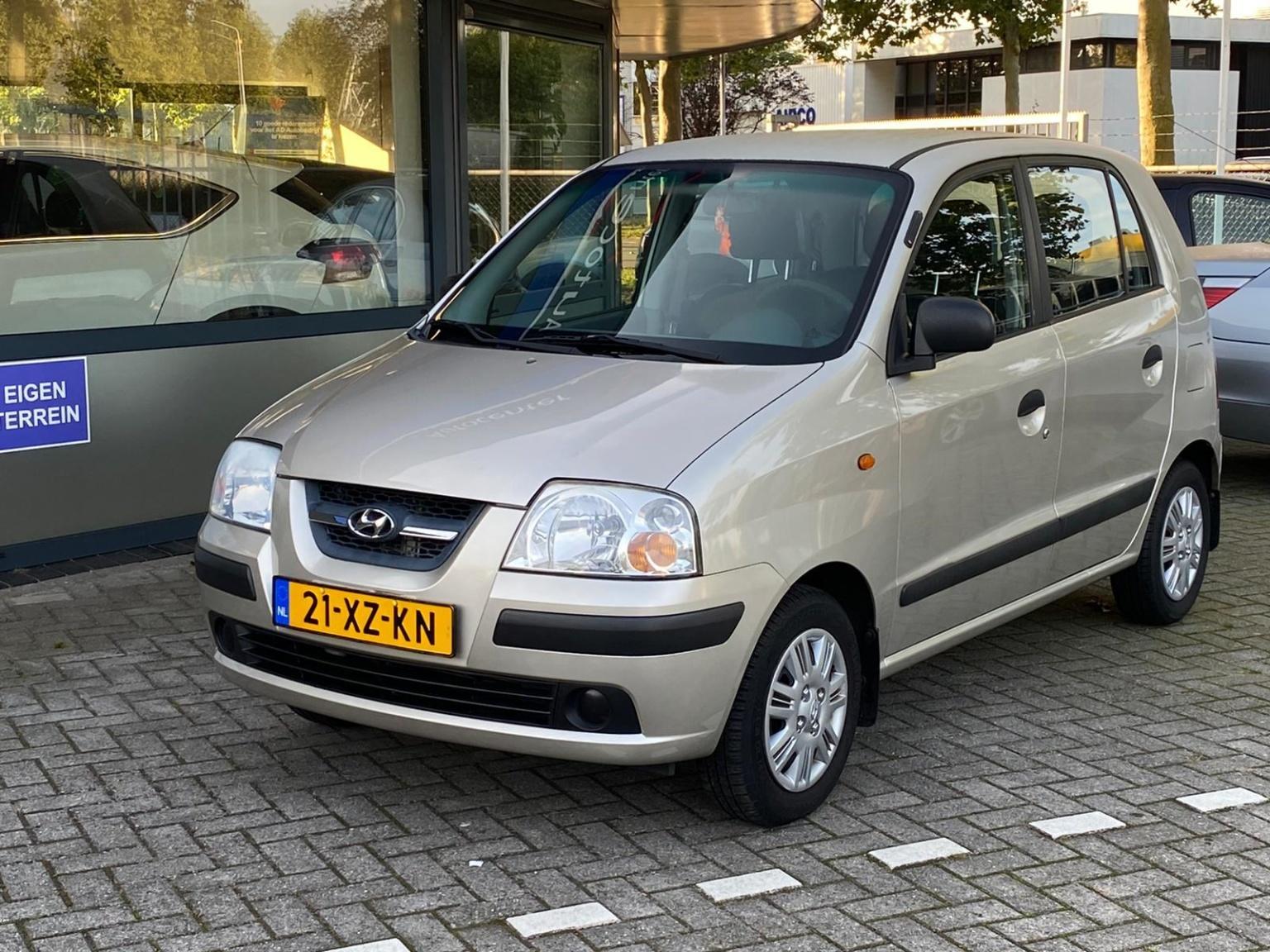 Hyundai-Atos-1